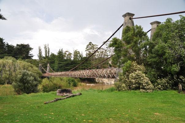 Hängebrücke von 1899 bei Clifden