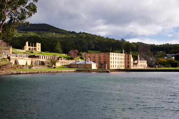 Blick über Port Arthur vom Boot aus