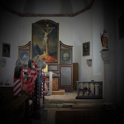 Kath. Kirche St. Johannes Evangelist Medebach-Berge, Altar (Osten)