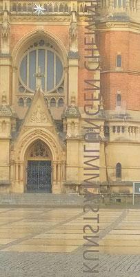 Blick aus den Kunstsammlungen auf die St. Petrikirche