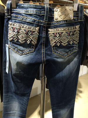 MISS ME Jeans ethno hinten 165 €