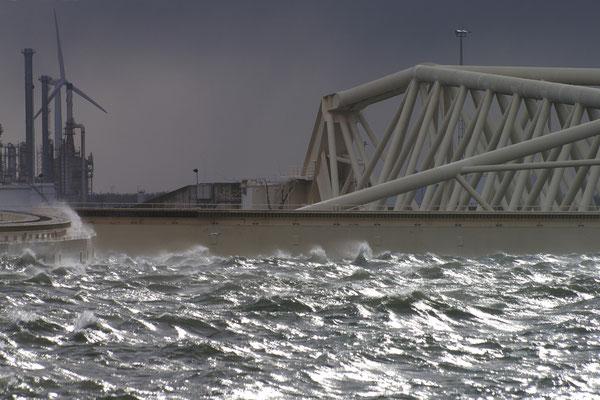 06 Storm aan zee