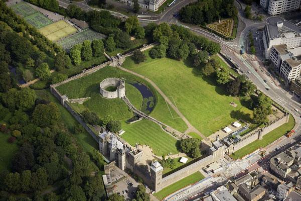 Cardiff Castle © Visit Wales