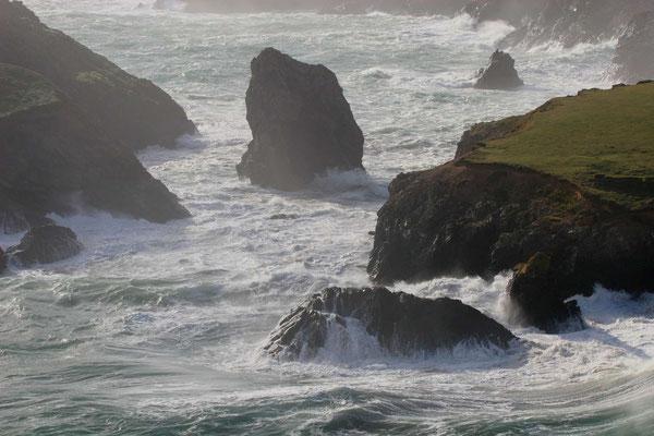 Kynance Cove, Cornwall, im Sturm