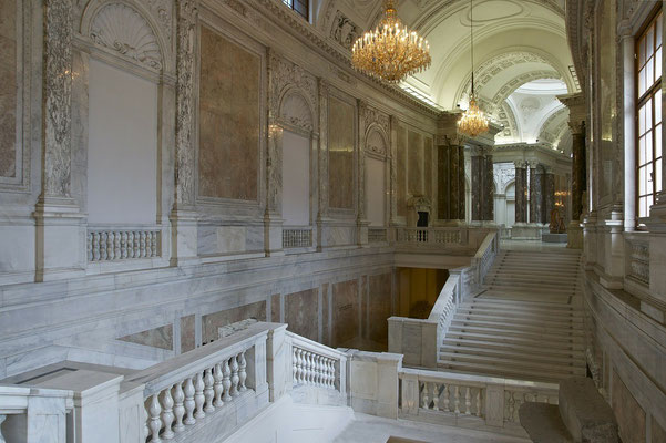 Üppiges Schlossinterieur der Hofburg in Wien