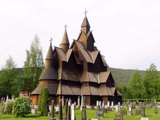 Heddal Stabkirche im Osten der Provinz Telemark, die größte ihrer Art in Norwegen