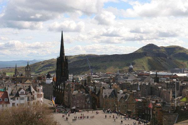Schlossplatz Edinburgh