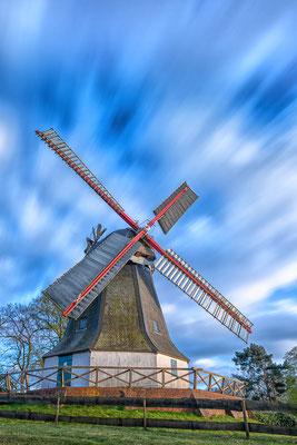 Die Worpsweder Mühle im Wind