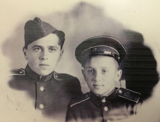 Суворовец Кузнецов. 1950 год.