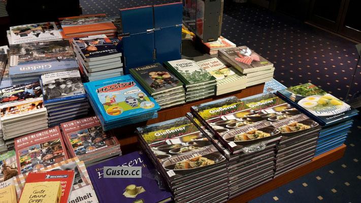 Das Buch gibt es im Buchhandel, online z.B. bei bei Amazon und natürlich hier im Shop.
