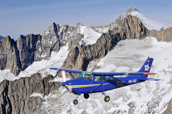 Flugzeug Alpenrundflug