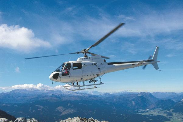 Helikopter in der Luft