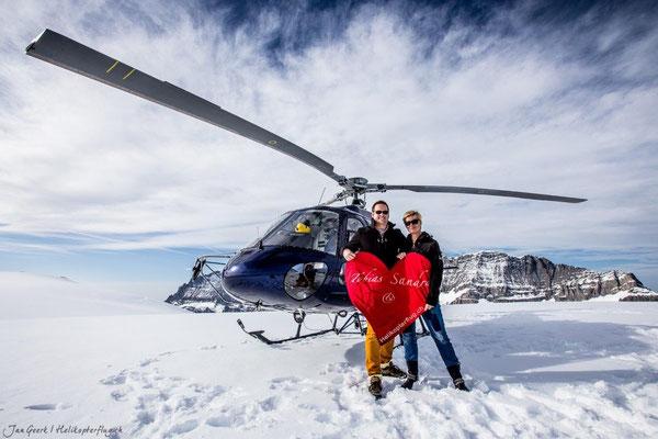 Helikopterflug  Gletscherlandung mit Heiratsantrag