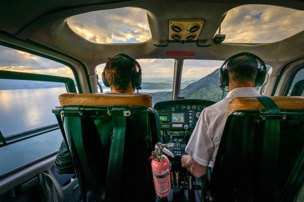Cockpit Helikopterflug ab Buochs