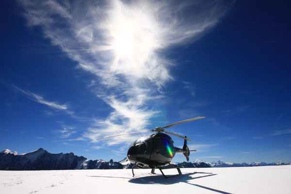 Alpenrundflug Helikopter Gletscherlandung