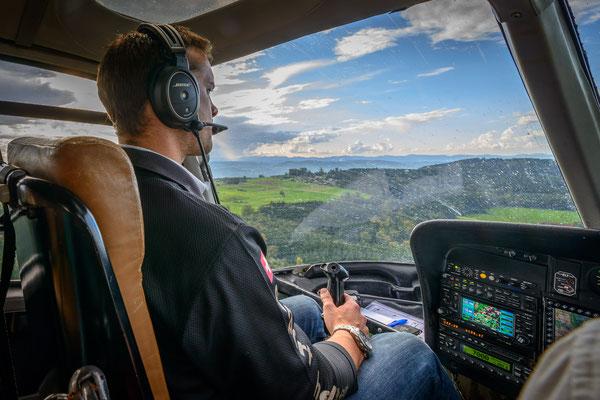 Cockpit Helikopter Rundflug
