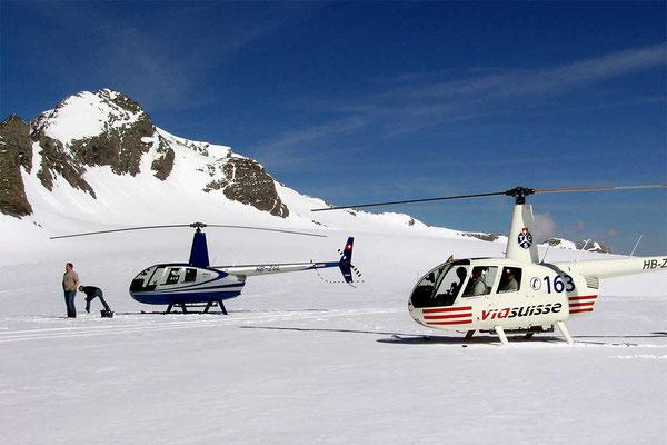 Alpenrundflug Gletscherlandung