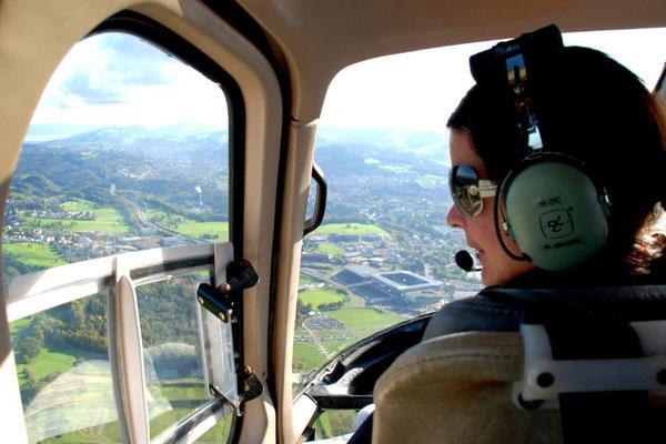 Cockpit Helikoter Rundflug