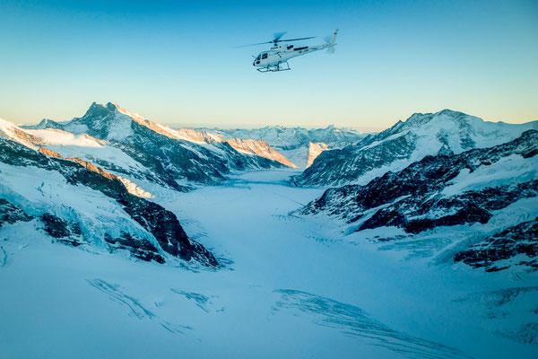 Alpenrundflug Gletscher