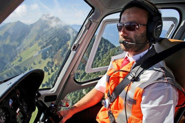 Helikopter Alpenrundflug Pilot