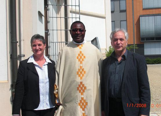 Initiatoren der Aktion in Taufkirchen (Vils): R. Schäffner, Pfarrer Dr. Mavungu & H. Hattensperger