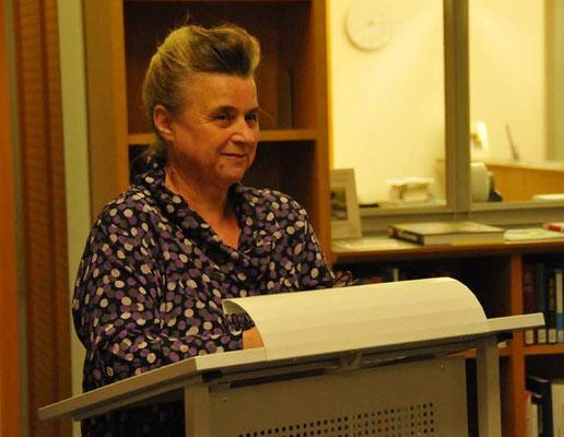 Dr. Marita A. Panzer am Rednerpult