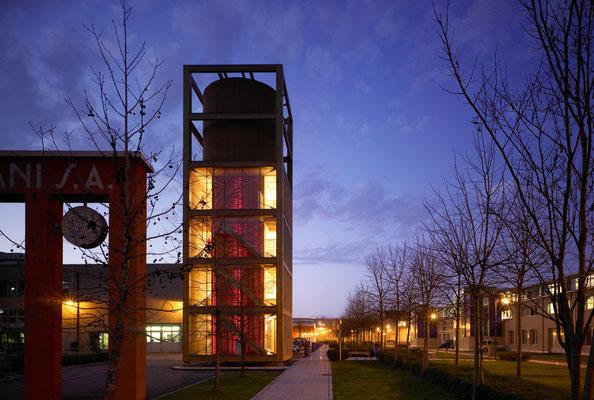 Avantgarde - torre presso facoltà di architettura a Milano