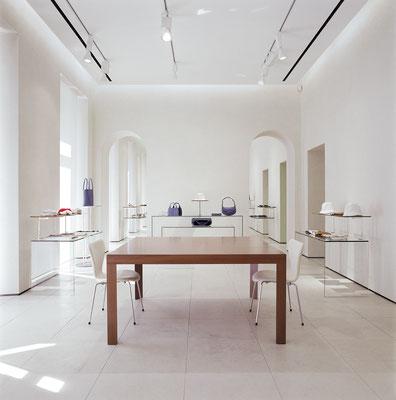Valextra - showroom