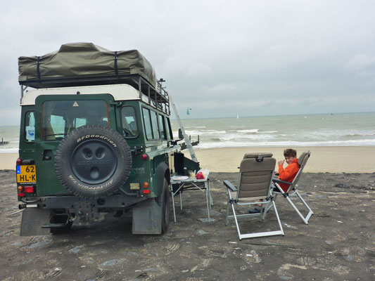 Chilling with the Defender at the North Sea