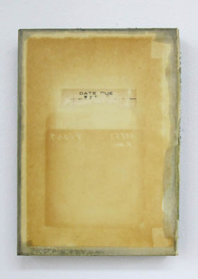 MELANCOLIA  2018  本・蜜蝋:book・wax  h. 21.2 × w. 15.4 × d. 2.8 cm