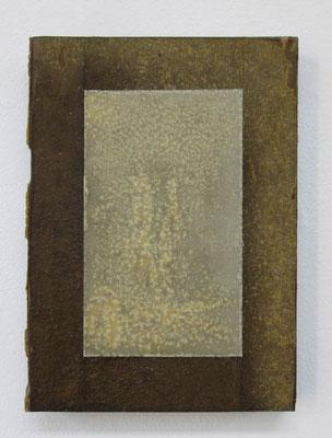 MELANCOLIA  2018  本・蜜蝋:book・wax  h. 20.7 × w. 14.7 × d. 2.8 cm