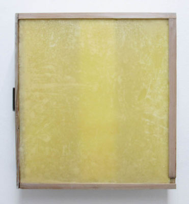 MELANCOLIA  2018  木の引き出し・紙・ガラス・蜜蝋:wooden drawer・paper・glass・wax  h. 36.8 × w. 40.5 × d. 10.8 cm
