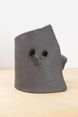 折れない鼻  2018  陶土:ceramic  h. 10.0 × w. 9.0 × d. 10.0 cm