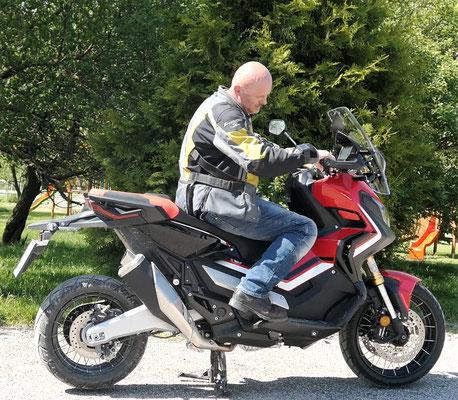 Motorradmäßig, meine Position