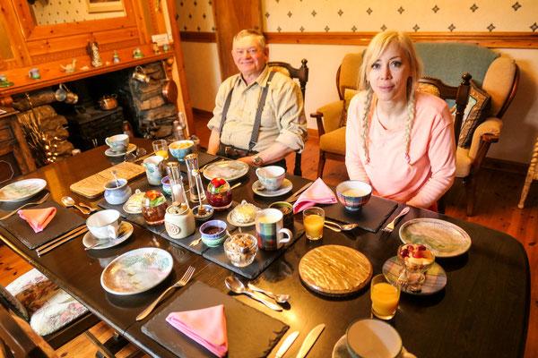 Gemütliches Frühstück im Highland House B&B, Lairg