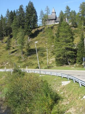 Nassfeldpass (italienische Seite)