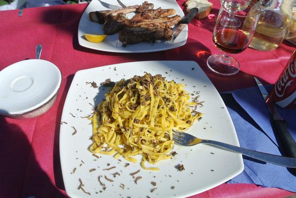 Trüffelspagetti in Castelluccio