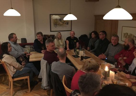 """""""Nachbesprechung"""" mit den Mimotos im Schweizerhof in Obereschach"""