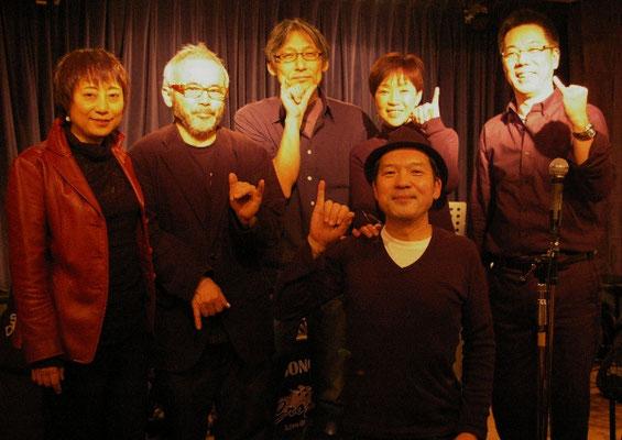 3年連続皆勤賞のお客様との記念撮影です(2011.12.24)