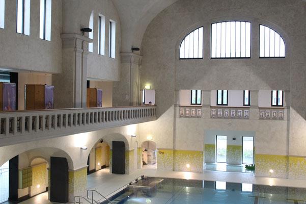 Stadtbad Plauen: Herrenbad mit teilrestaurierter Stirnseite