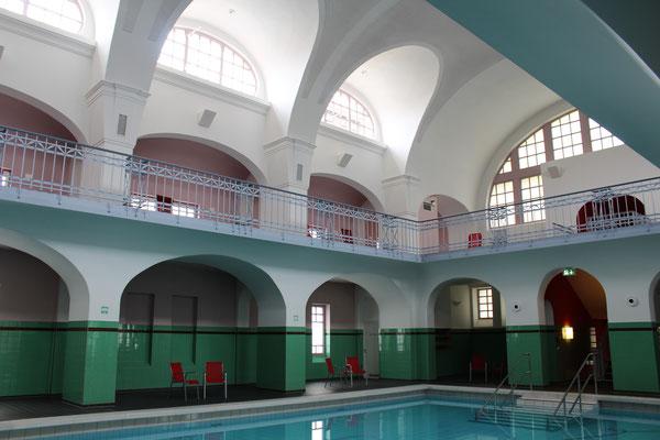 Stadtbad Gotha: alte Halle mit modernem Wellness-Faktor