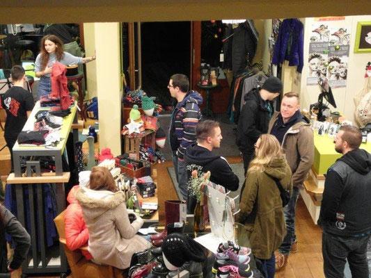 Temple of Cult - Shoppingnacht 18.12.2015