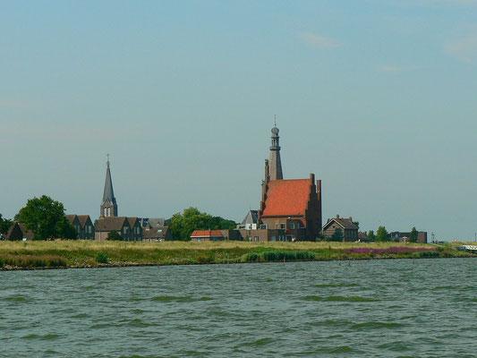 Kirche und Stadthaus von Medemblik