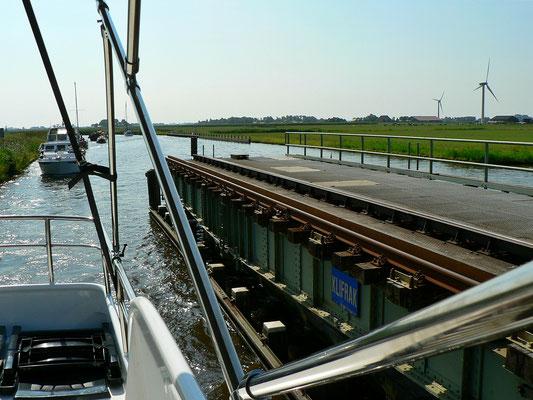 Eisenbahndrehbrücke bei Workum