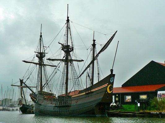 VOC Ship De Halve Maen