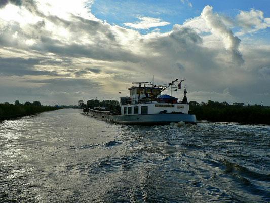 Begegnung mit einem Berufsschiff