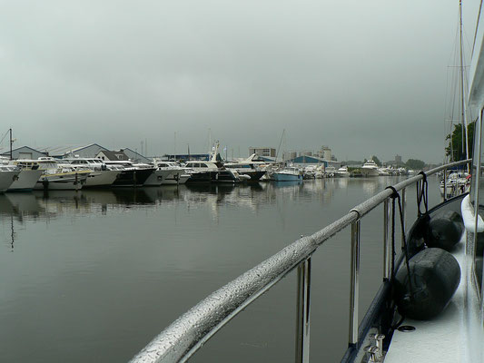 Elburg, links schlechtes Wetter . . .