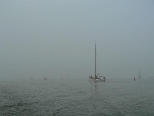 Nebel verhinder die Weiterfahrt übers Ijsselmeer