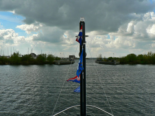 Vor dem Aquaduct von Harderwijk