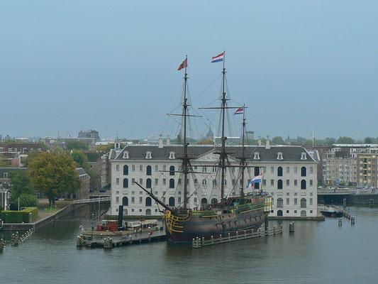 """Schifffahrtsmuseum mit VCO Schiff """"Amsterdam"""""""